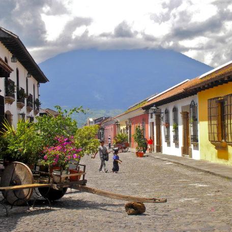 calle_del_arco_antigua_guatemala